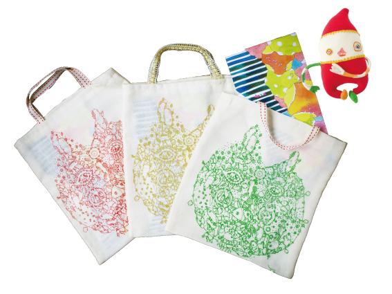 画像3: スサイタカコ「タビスル絵本 ポンポコピーピーどこいくの クリスマスって なにそれ たべもの??」 オリジナルトートバッグセット <レターパック360円対応>