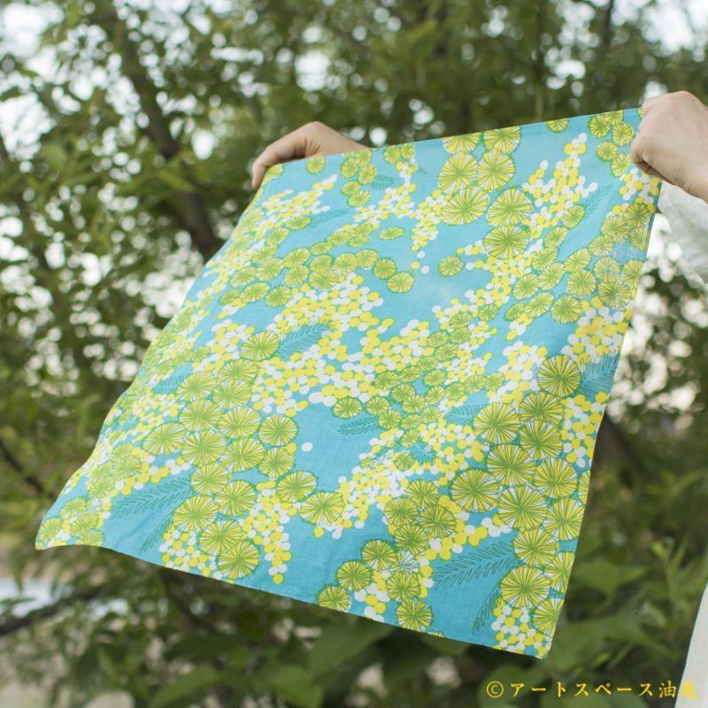 画像3: 【即売商品】テキスタイルデザインmakumo「ハンカチ ミモザ/水色・黄色」【DM便対応商品】【レターパック対応商品】