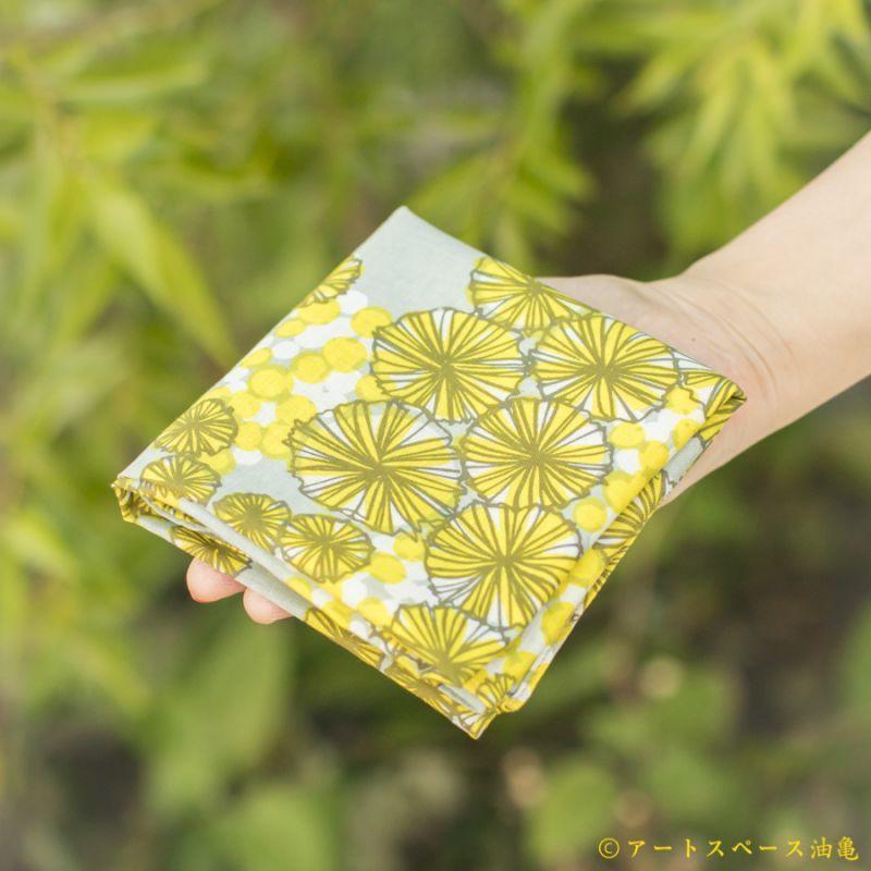 画像2: 【即売商品】テキスタイルデザインmakumo「ハンカチ ミモザ/黄色・グレー」【DM便対応商品】【レターパック対応商品】