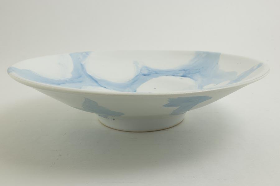画像3: 許斐良助「天草陶石 皿 青い空とハートの雲」