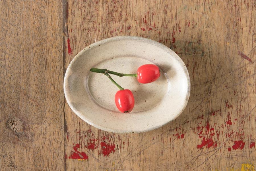 画像1: 江口誠基「粉引楕円豆皿」
