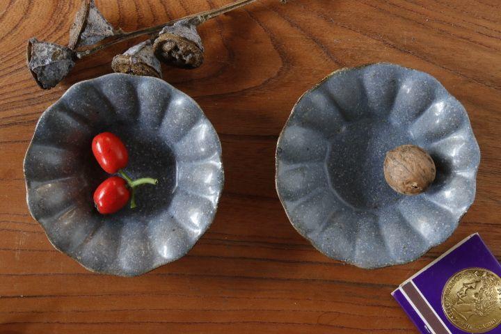 画像1: 古谷浩一「グレー釉 輪花深皿 豆」