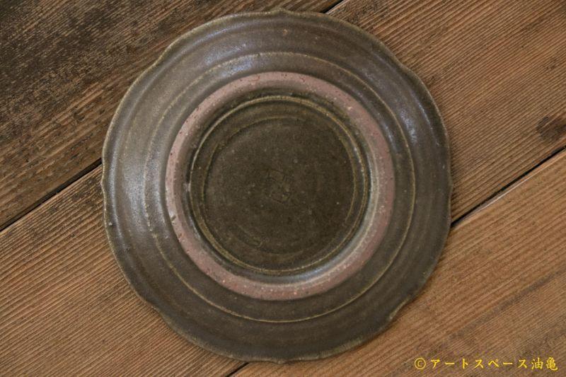 画像5: 古谷浩一 サビ釉 彫刻皿 5寸【アソート作品】