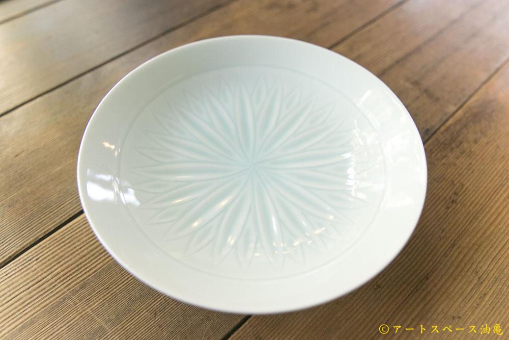 画像1: 五嶋竜也「青白磁蓮弁文皿」