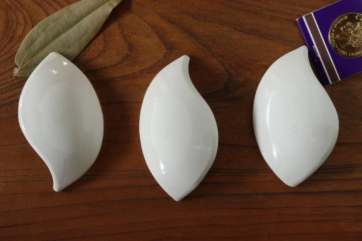 画像2: 間美恵「亜鉛華結晶 豆皿(おたまじゃくし)」