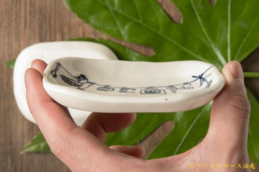 画像3: ほりゆめこ 染付 せんたく柄四角豆皿