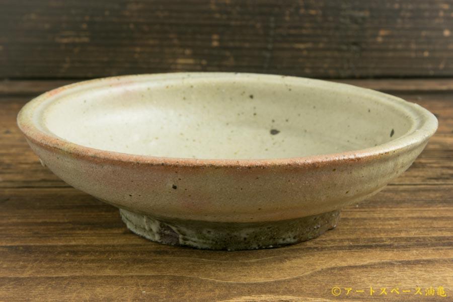 画像2: 加地学「松井農園 マスカット オブ アレキサンドリア灰 鉢」