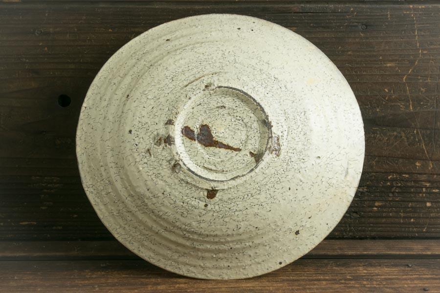 画像4: 工藤和彦「白樺ホワイトふち刻線たわみ8寸鉢」