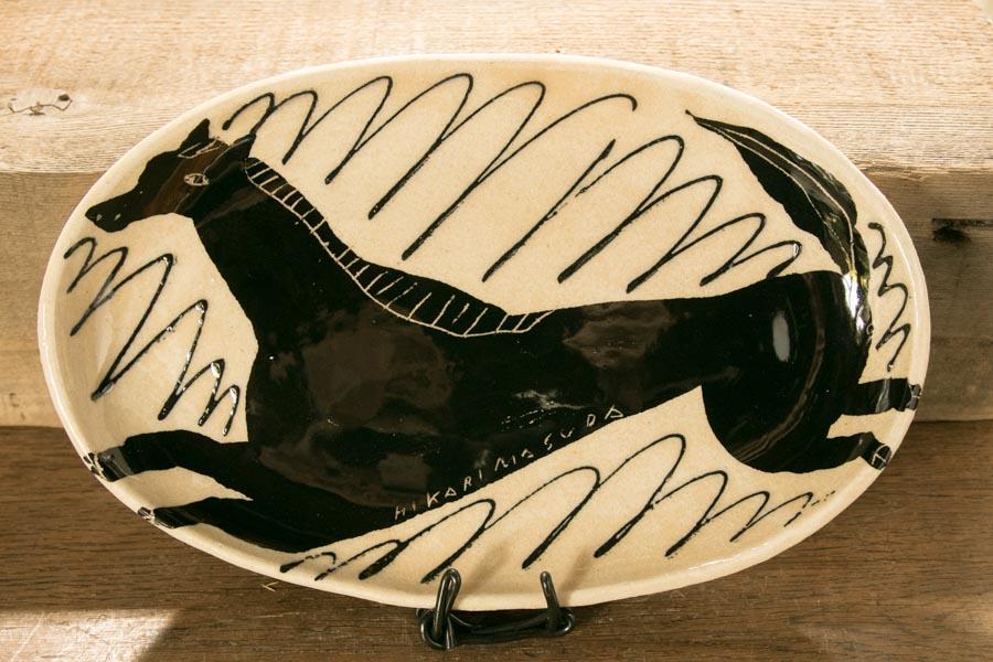 画像1: 増田光 白黒長楕円皿 ウマ