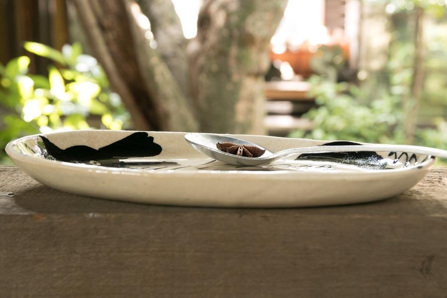 画像4: 増田光 白黒長楕円皿 イヌ