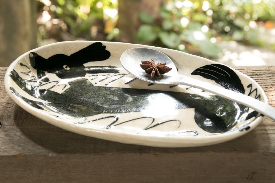 画像3: 増田光 白黒長楕円皿 イヌ
