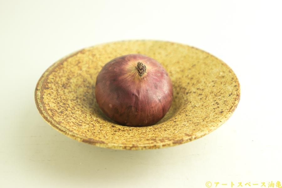 画像1: 馬渡新平「ヒビ粉引き 洋皿6.5寸」【アソート作品】