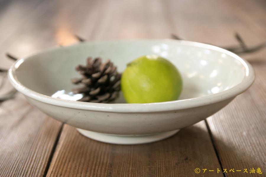 画像1: 水垣千悦 白磁6寸浅鉢