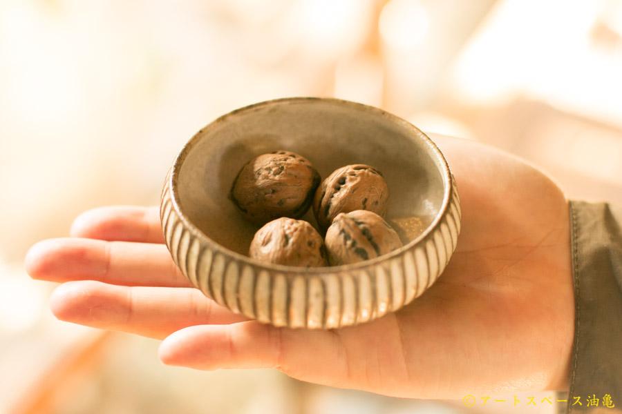 画像1: 小倉夏樹「灰粉引 鎬丸豆鉢」