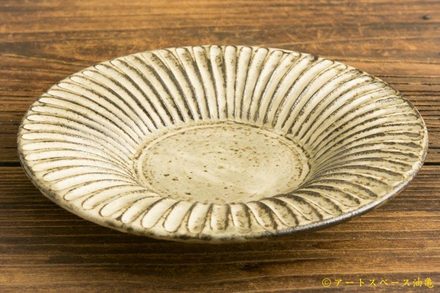 画像3: 小倉夏樹「灰粉引 鎬リム皿5寸」