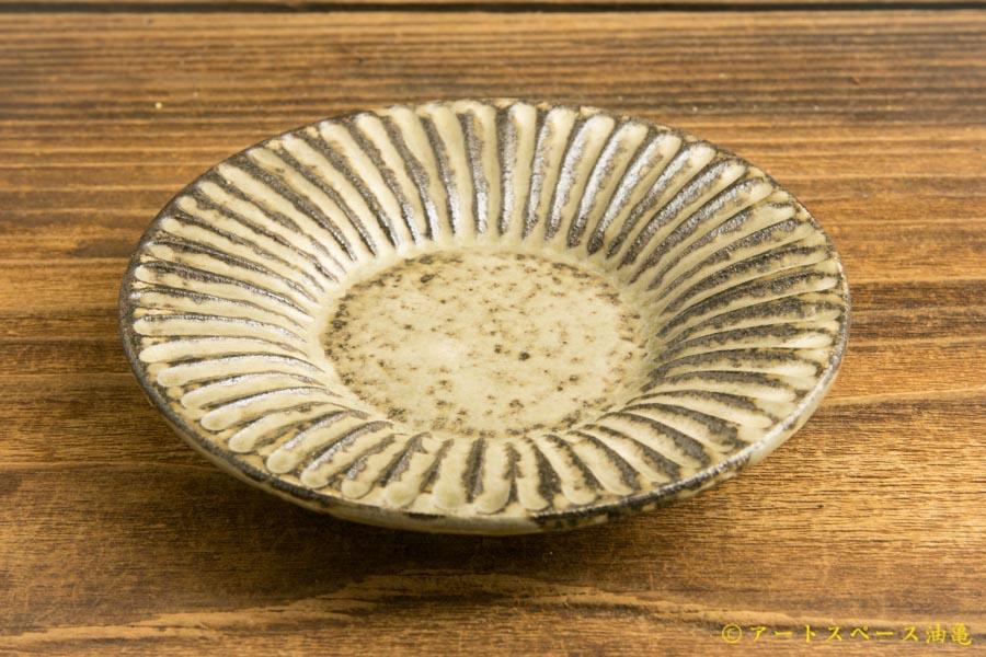 画像3: 小倉夏樹「灰粉引 鎬リム豆皿」