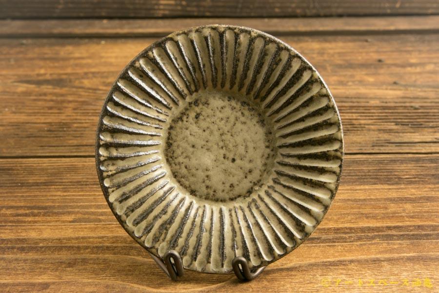 画像1: 小倉夏樹「灰粉引 鎬リム豆皿」