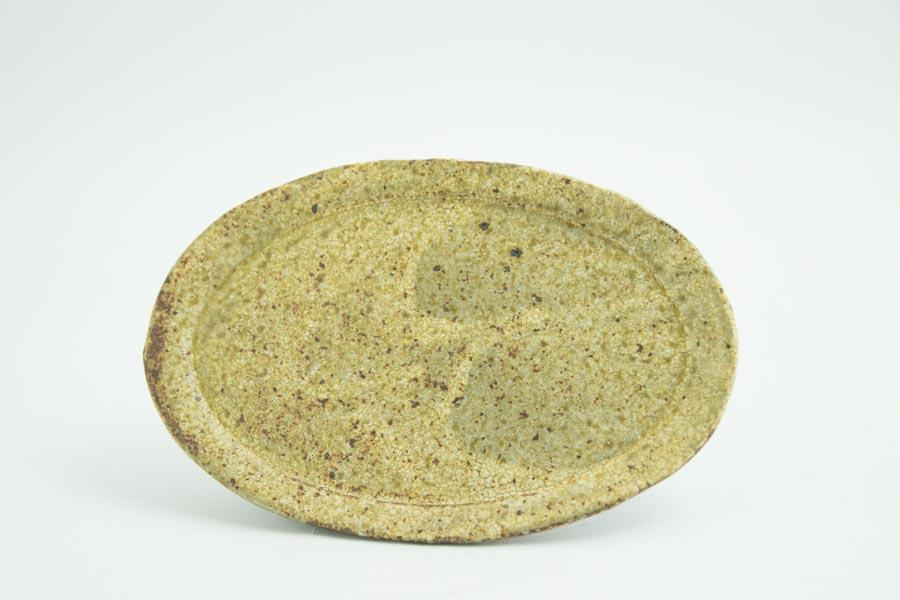 画像1: 馬渡新平「ヒビ粉引き オーバル皿5寸」