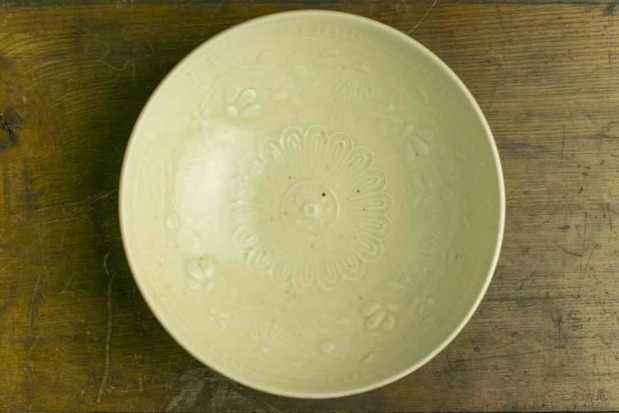 画像2: 田村文宏「白磁藍釉印花鉢」