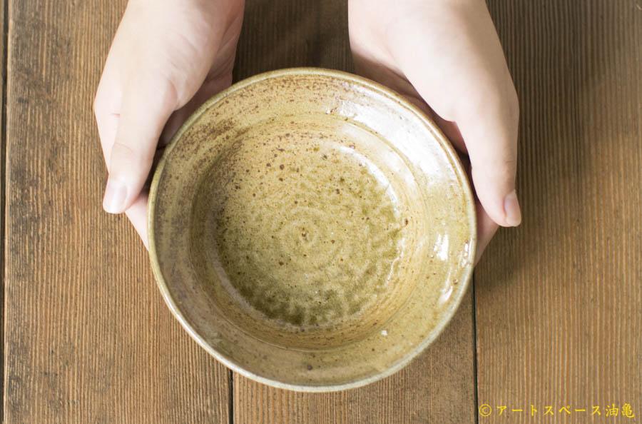 画像1: 梅田健太郎「松井農園 マスカット オブ アレキサンドリア 唐津ブドウ灰釉 小鉢」