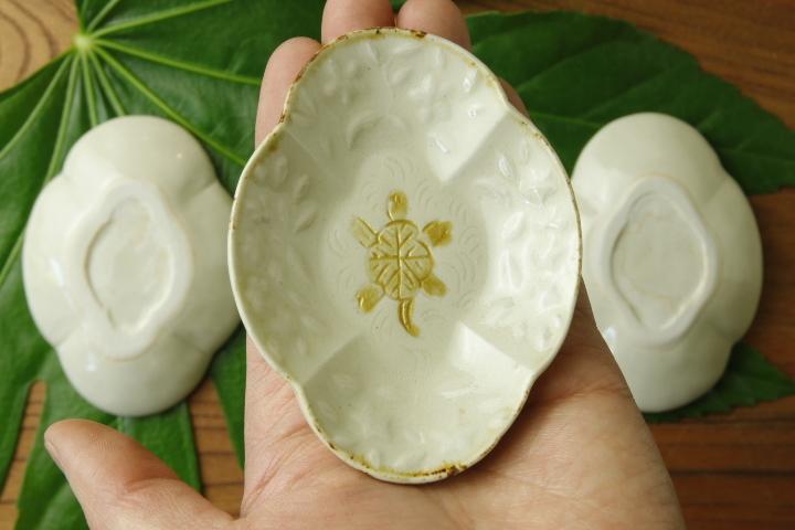 画像3: ヨシノヒトシ「黄白瓷木瓜亀豆皿」