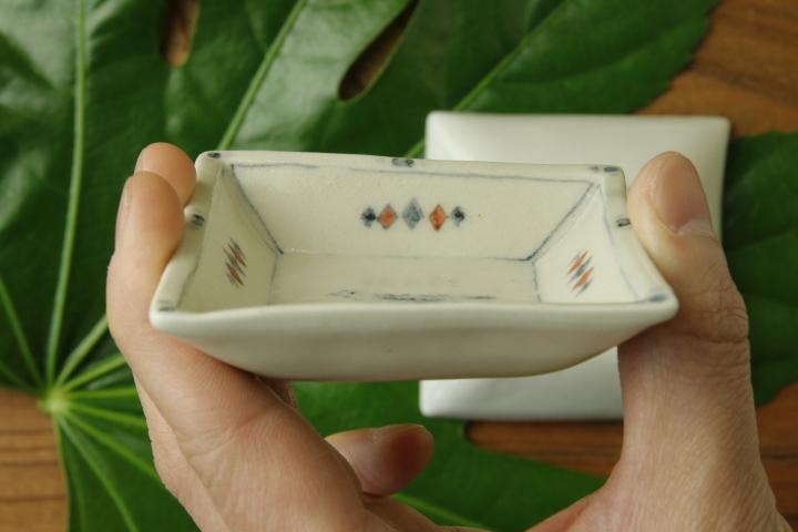 画像4: よしのちはる「鳥 四角小皿」
