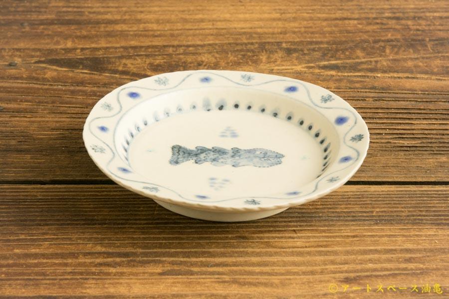 画像2: よしのちはる「魚 四寸壁掛け皿」